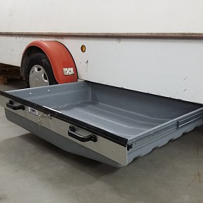 Installed at older 1988 Cobra trailer