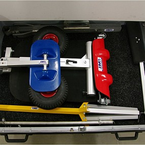 Drawer with One man rigging system OMRS SN400, Wing support and Tow bar for light gliders inside